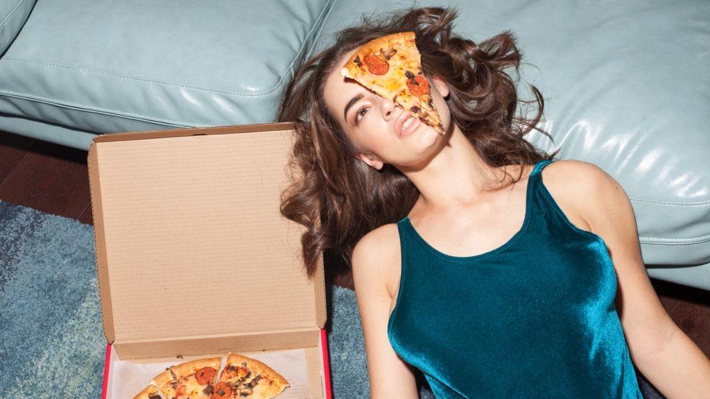 Aki lassabban eszik, gyorsabban fogyhat?   Diéta és Fitnesz