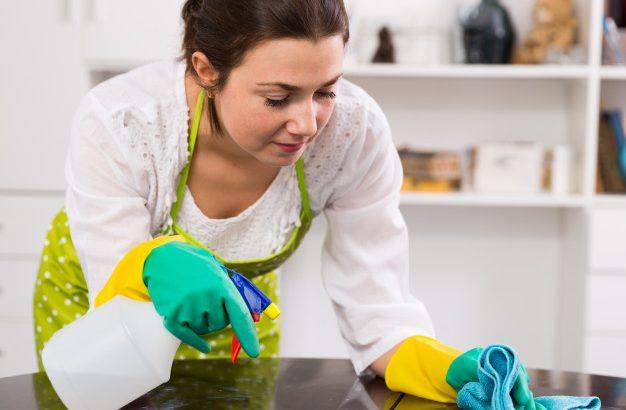 A ház és a kert takarítása: 8 tevékenység, amely segít a fogyásban