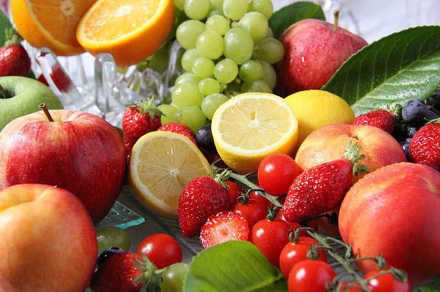Langyos, citromos víz: tényleg lefogyhatsz vele? A kutatók megadták a választ - Fogyókúra | Femina