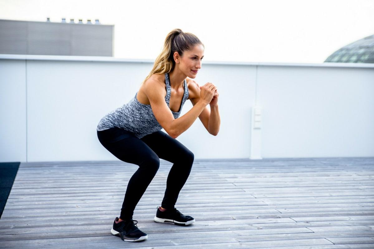Tabata guggolja a fogyás rutinját - Tabata gyakorlat karcsúsító gyakorlat rutin